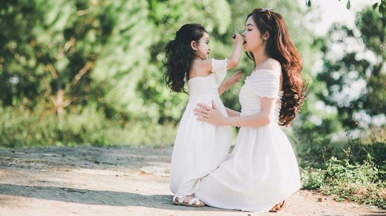 Di truyền giữa mẹ và con gái - Ảnh 1