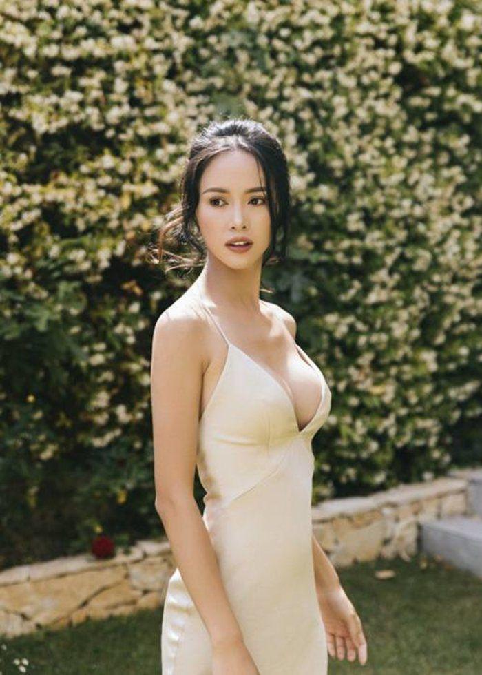 Không phải Ngọc Trinh, đây là mỹ nhân được 'ông trùm chân dài' khen có body đẹp nhất Việt Nam - Ảnh 8