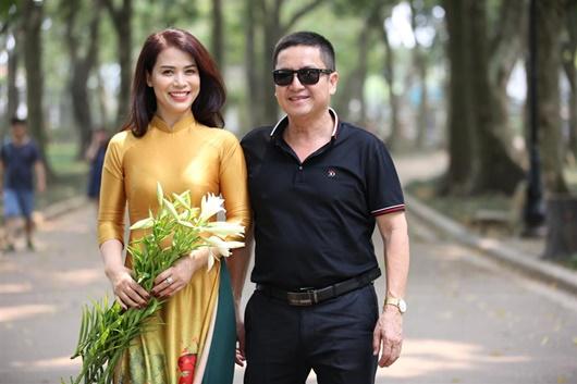 Sóng gió ái tình phủ sóng showbiz Việt đầu năm 2020: Bất ngờ nhất là cuộc ly hôn của nghệ sĩ Chí Trung - Ảnh 2