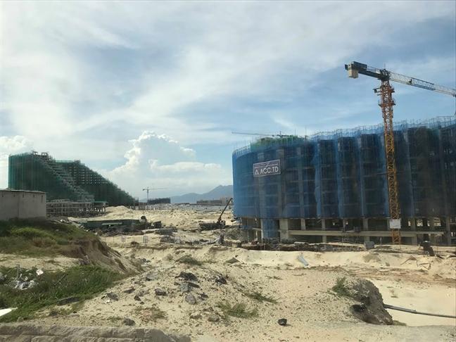 Hơn 5.000 căn Condotel xây trái phép suốt 2 năm giữa thành phố Cam Ranh - Ảnh 2