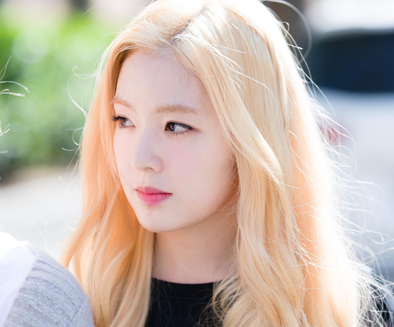 Những xu hướng màu tóc 2020 dành cho mọi cô nàng sành điệu - Ảnh 7