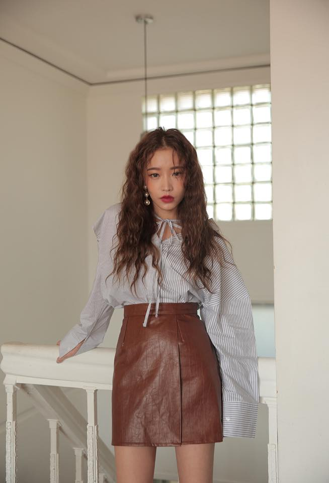 Phối đồ với chân váy da: Gợi ý thời trang Thu - Đông cho các cô nàng sành điệu - Ảnh 8