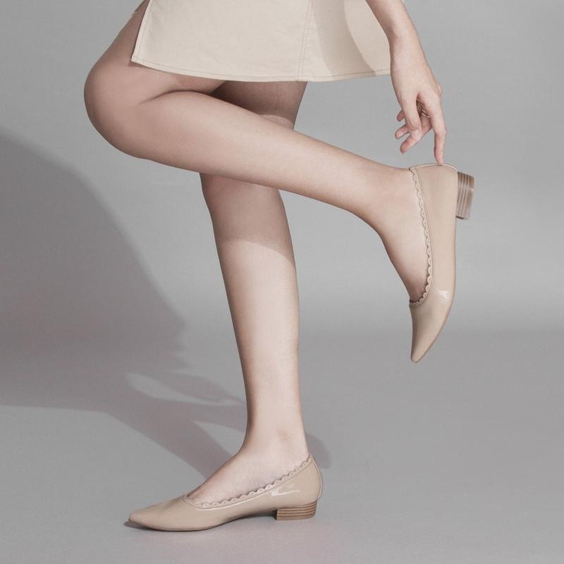 Tuyệt chiêu phối đồ với giày màu kem mà các cô nàng không thể bỏ lỡ  - Ảnh 5
