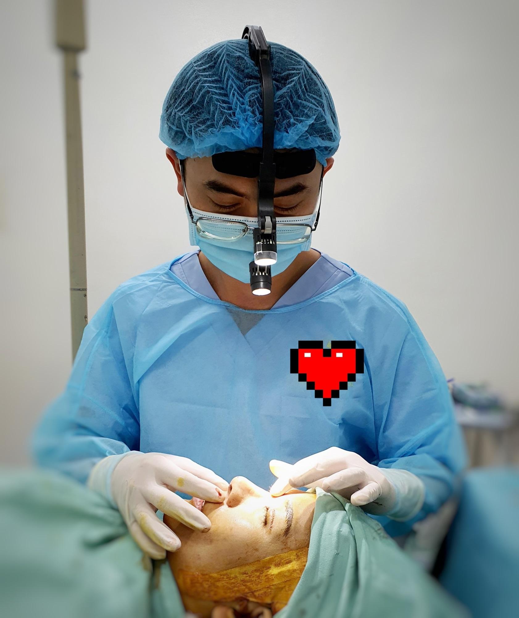 """TP.HCM bắt quả tang một bác sĩ chưa có chứng chỉ hành nghề đang tiến hành phẫu thuật… """"dạo"""" - Ảnh 8"""