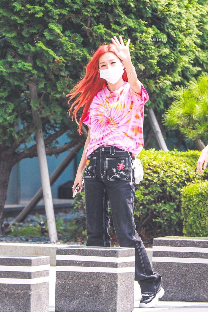 10 idol có style đi làm ghi điểm tuyệt đối - Mina khí chất 'tiên tử' - Ảnh 12