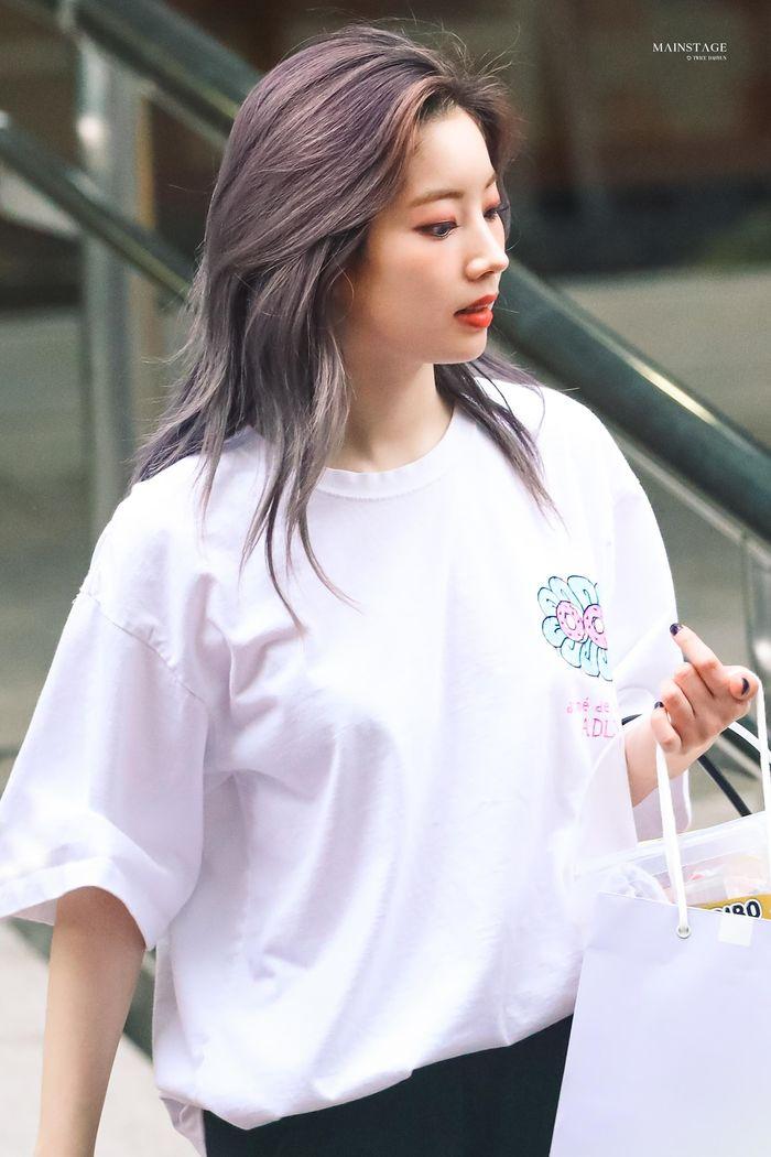 10 idol có style đi làm ghi điểm tuyệt đối - Mina khí chất 'tiên tử' - Ảnh 13