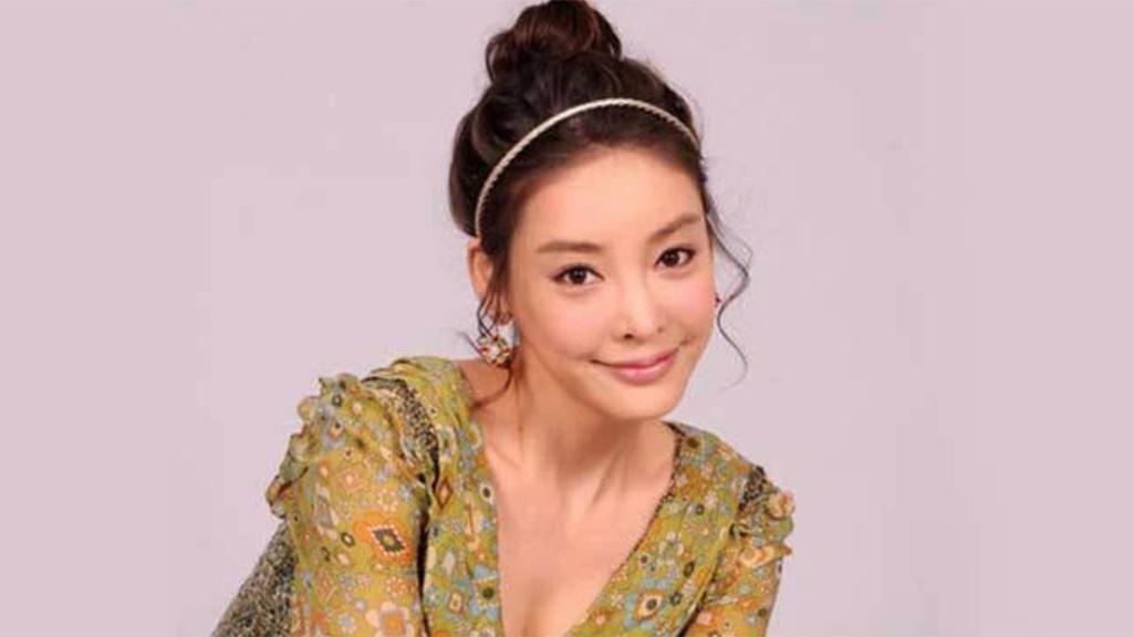 Bà trùm thao túng thế giới ngầm của showbiz Hàn Quốc là ai? - Ảnh 3