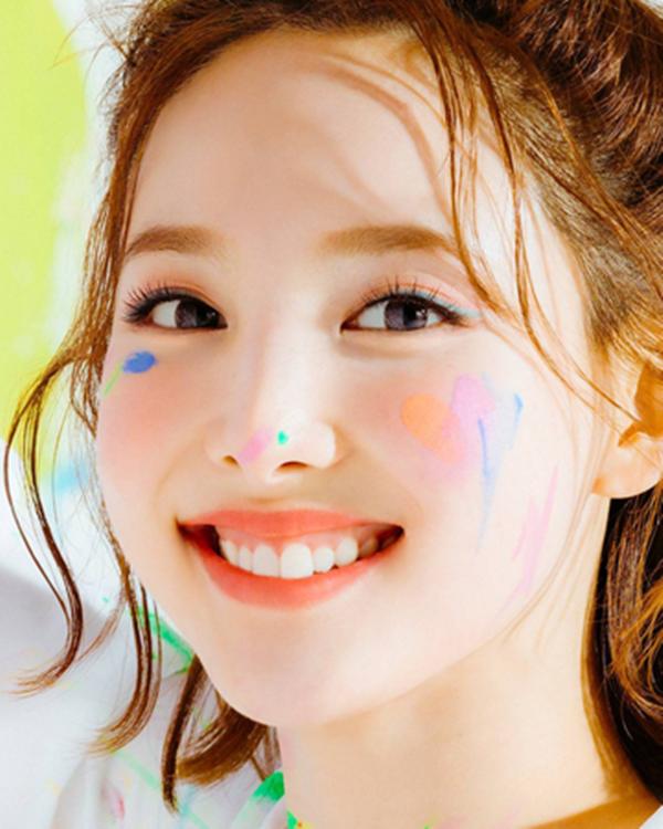 Những Idol Hàn 'má bánh bao' không cần Vline vẫn khiến fan đổ rạp - Ảnh 8
