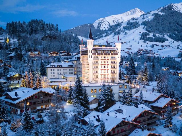 Ngôi làng 'biệt lập' chỉ dành cho giới siêu giàu thế giới ở Thụy Sỹ - Ảnh 1