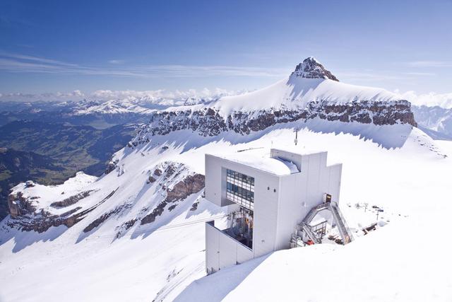 Ngôi làng 'biệt lập' chỉ dành cho giới siêu giàu thế giới ở Thụy Sỹ - Ảnh 9