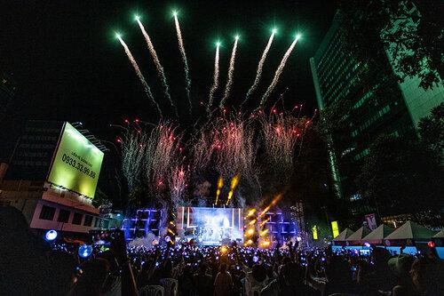 Đến hẹn lại lên: Fan BTS chuẩn bị 'quậy tung trời' trong FANFEST hoành tráng tại Hà Nội dành riêng cho V-Army - Ảnh 8