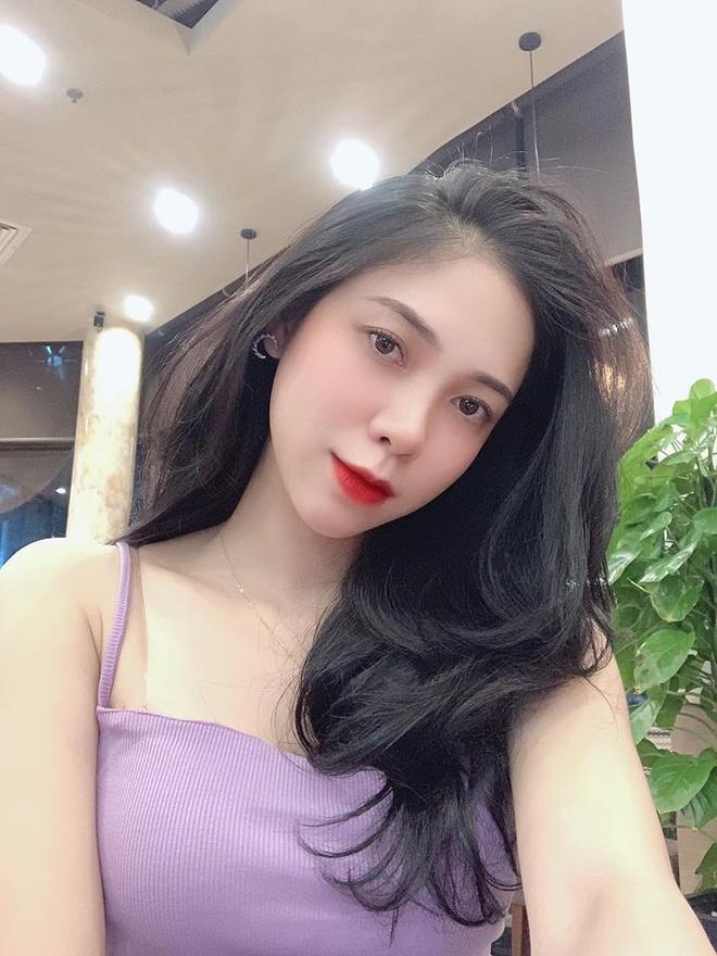 Nữ sinh 10X được chú ý ở Hoa hậu Việt Nam 2020 - Ảnh 10