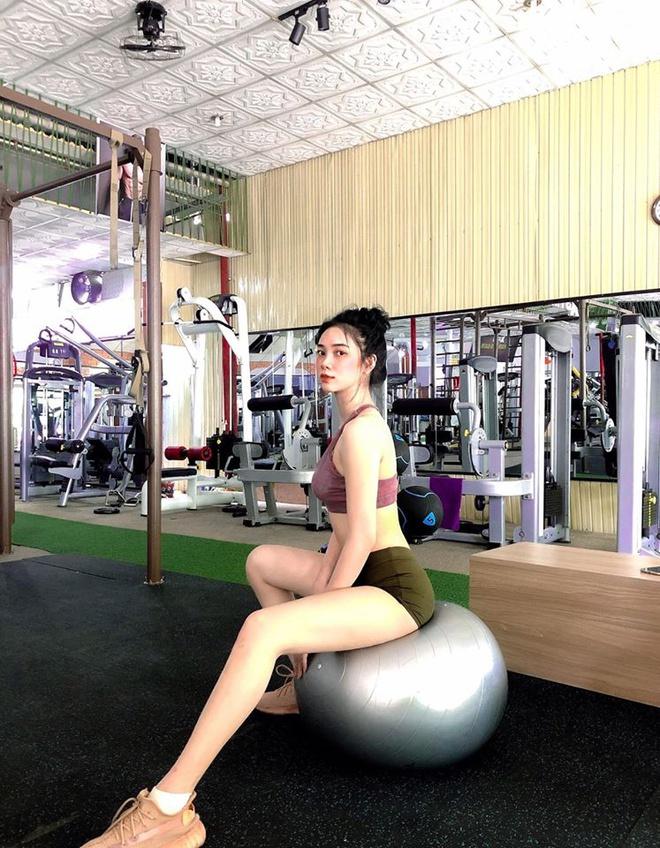 Nữ sinh 10X được chú ý ở Hoa hậu Việt Nam 2020 - Ảnh 12