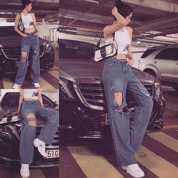 Chán hở trước, Ngọc Trinh lại diện mốt quần jeans hở toang hoác phía sau - Ảnh 10