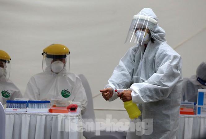 Xét nghiệm tìm virus gây COVID-19 được BHYT thanh toán thế nào? - Ảnh 1