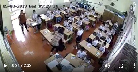 Làm bài chậm, học sinh lớp 2 ở Hải Phòng bị cô giáo tát tới tấp - Ảnh 1