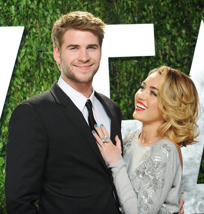 Miley Cyrus và Liam Hemsworth 7