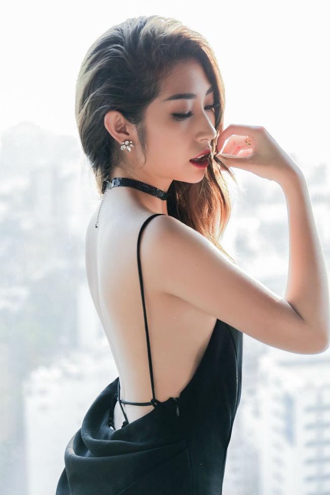 Nữ ca sĩ là minh chứng phụ nữ chỉ đẹp khi không thuộc về ai