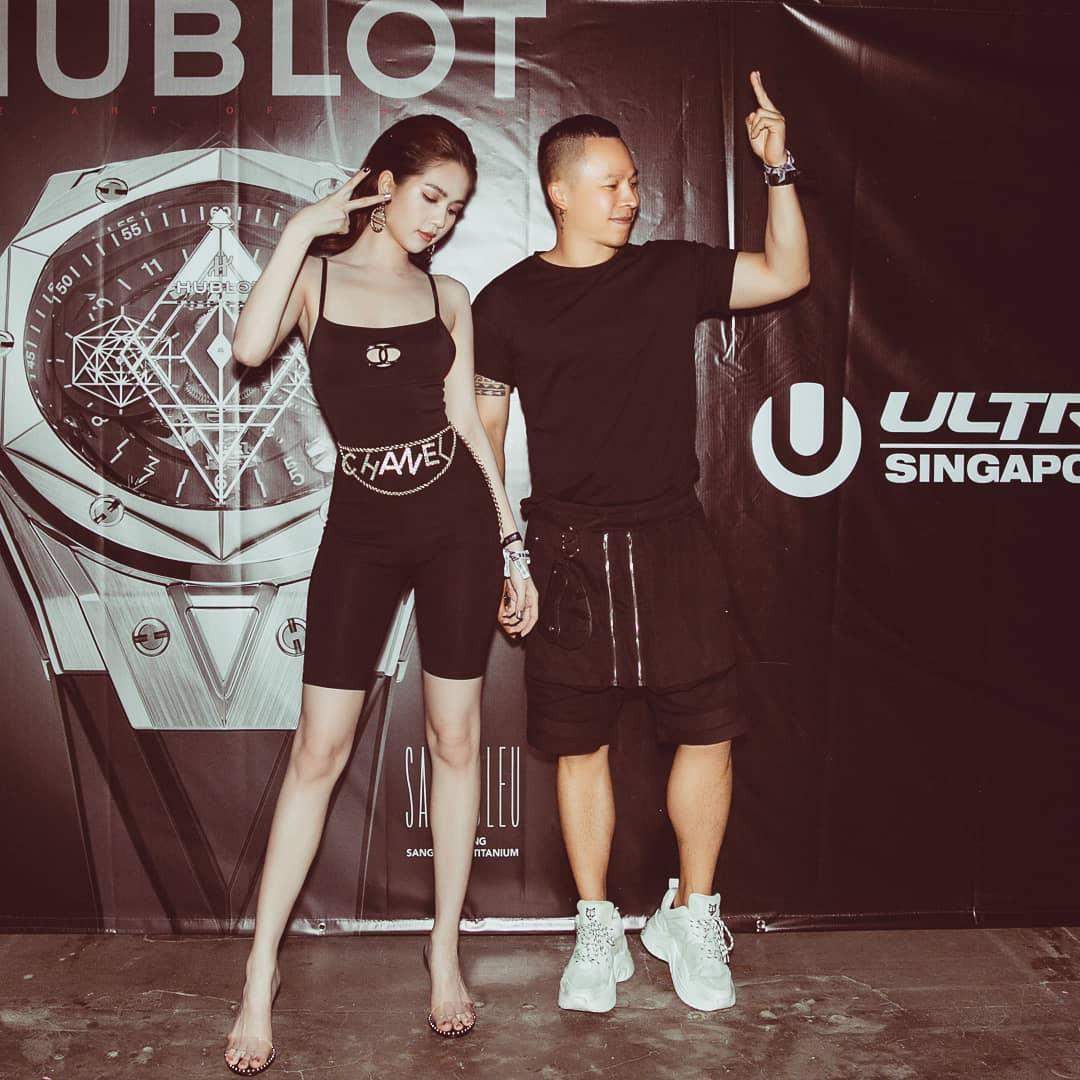 Ngọc Trinh vừa diện bộ bodysuit gợi cảm của nhà mốt Chanel mà trước đó Jennie đã diện
