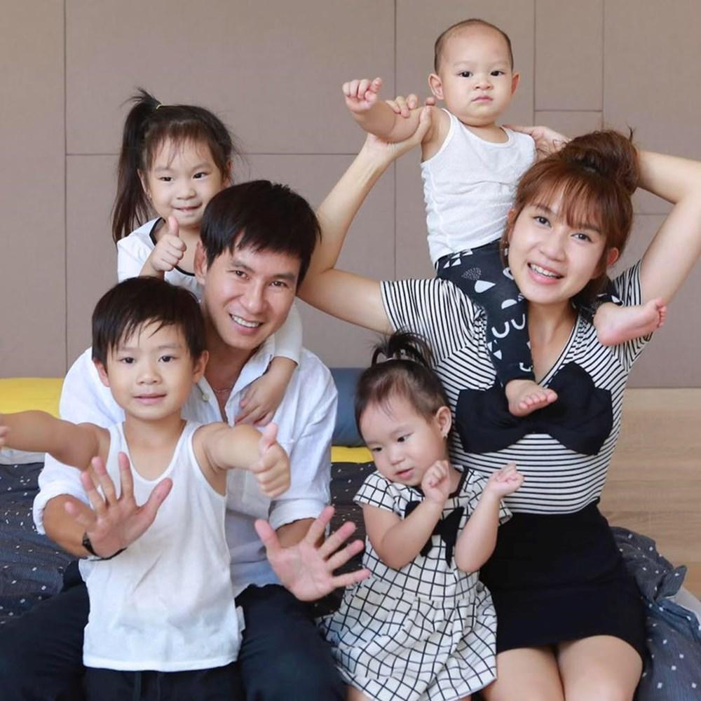 Minh Hà là mẹ của 4 nhóc tỳ