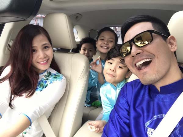 Nam MC và gia đình nhỏ