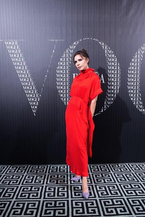 Gu ăn mặc của Victoria Beckham ngày càng tiến bộ