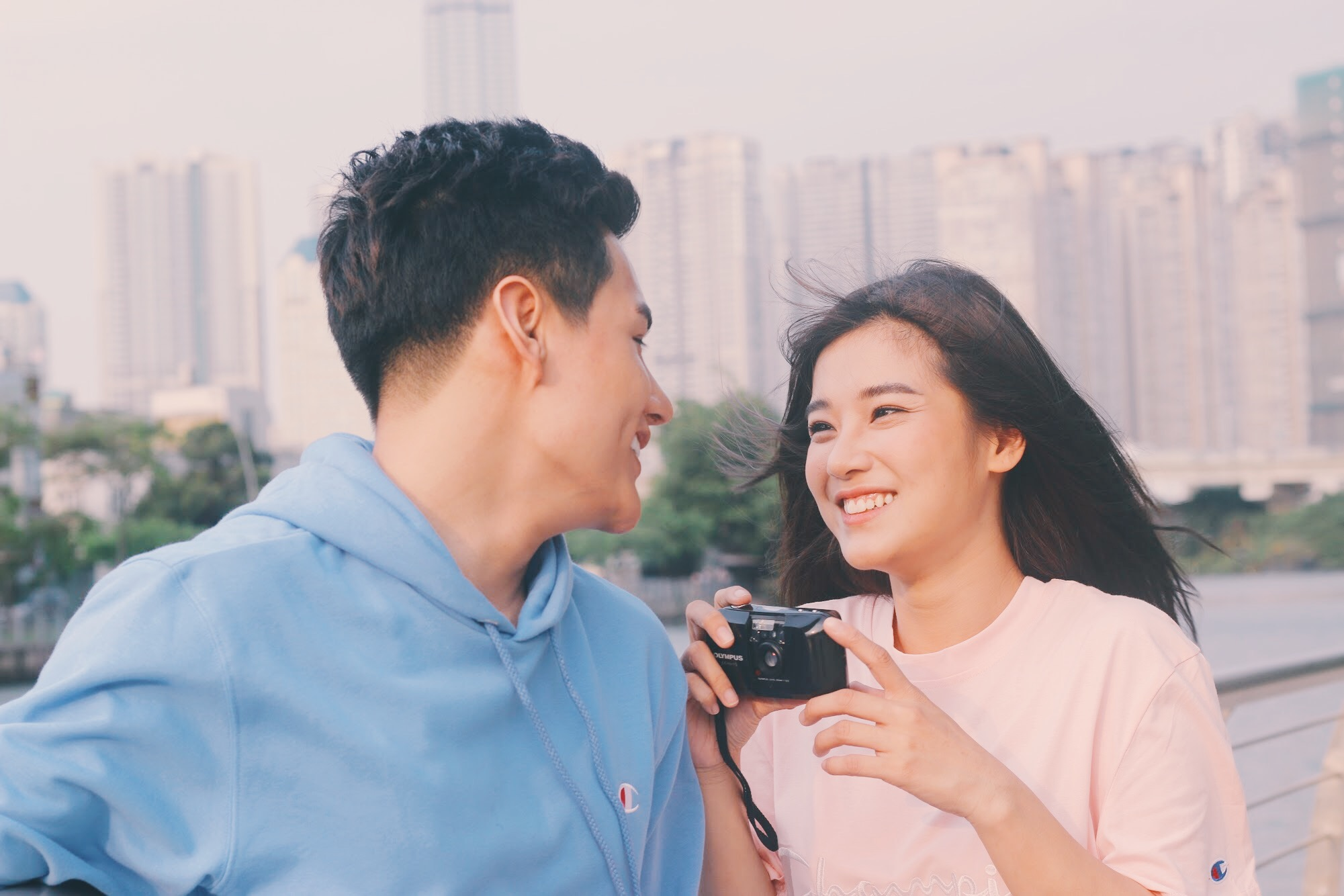 Hoàng Yến Chibi rung động chàng trai nhà bên trong MV mới - Ảnh 3