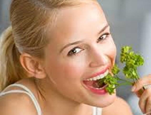 Những loại lá, quả và bài thuốc này làm hơi thở và miệng đều có mùi thơm dễ chịu - Ảnh 1