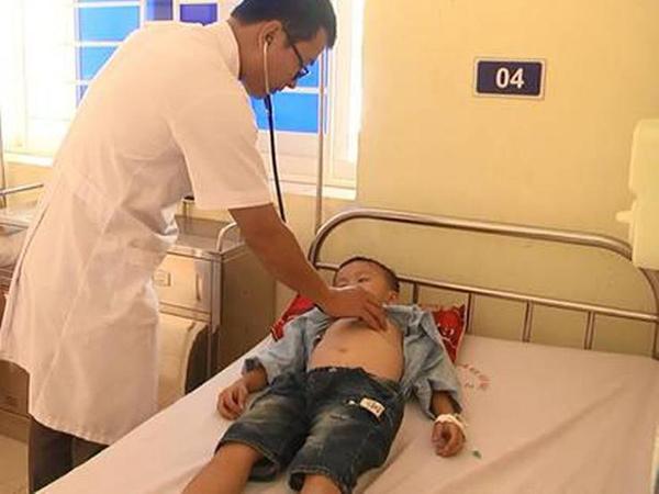 Phát hiện thêm một trẻ 7 tuổi nhiễm vi khuẩn Whitmore 'ăn thịt người' - Ảnh 1