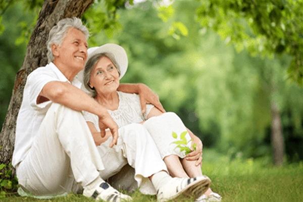 '2 điều không cầu' và '3 điều không chờ đợi' để tuổi trung niên hạnh phúc và bình an - Ảnh 2
