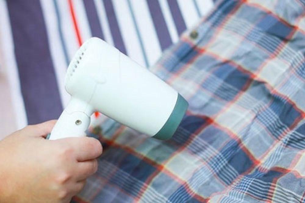 Dùng máy sấy có thể giữ quần áo không bị nhăn