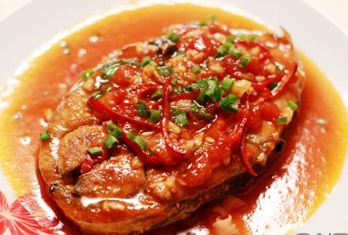 Món cá ngừ sốt cà chua vừa ngon miệng vừa tốt cho tim mạch