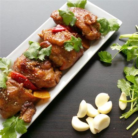Thử ngay món gà kho kiểu mới đậm đà, thơm ngon cho bữa tối trọn vị - Ảnh 3