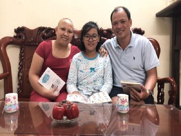 Người phụ nữ 63 lần truyền hóa chất điều trị ung thư vú - Ảnh 1