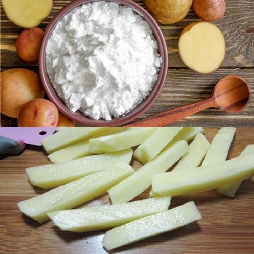 Dùng bột làm áo là một trong những cách phổ biến khi bạn muốn chiên khoai tây được giòn tan