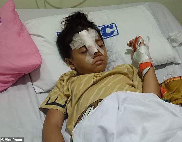 Cô bé 8 tuổi dũng cảm đối đầu với bọn cướp để bảo vệ tài sản của cha mẹ  - Ảnh 2