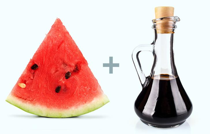 Dấm và dưa hấu sẽ mang lại nhiều lợi ích cho sức khỏe như ngừa sỏi thận, tăng huyết áp, giảm cân