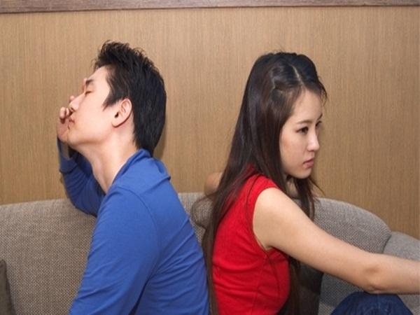 Vợ nói vào khách sạn với nam đồng nghiệp chỉ để nghỉ ngơi - Ảnh 1