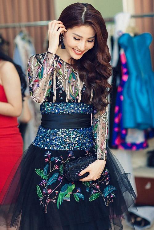 Dễ thương, điệu đà với váy áo xinh xắn