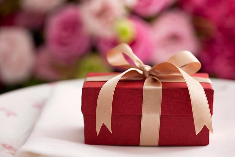 Món quà phải có ý nghĩa mang đến may mắn, tránh những món quà có ý nghĩa xấu cho người nhận