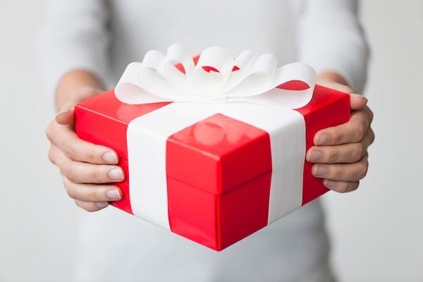 Khởi nghiệp bằng kinh doanh quà tặng online