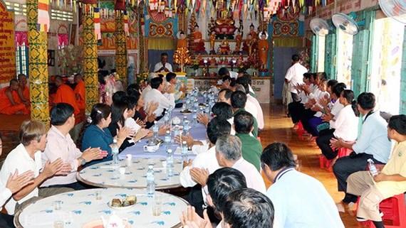 Các hoạt động trong lễ hội Chol Chnam Thmay được người Khmer tổ chức tại chùa luôn là sự kiện văn hóa  lớn nhất trong năm