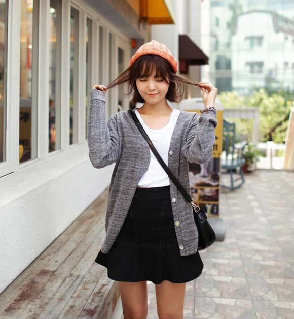 Áo cardigan nữ mặc dạo chơi phố nhẹ nhàng