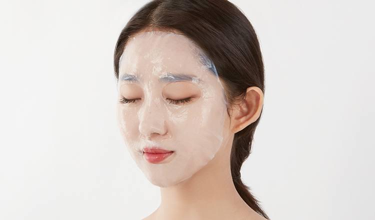 Điều chỉnh sao cho mặt nạ khớp mặt, không có khoảng khí trong mặt nạ