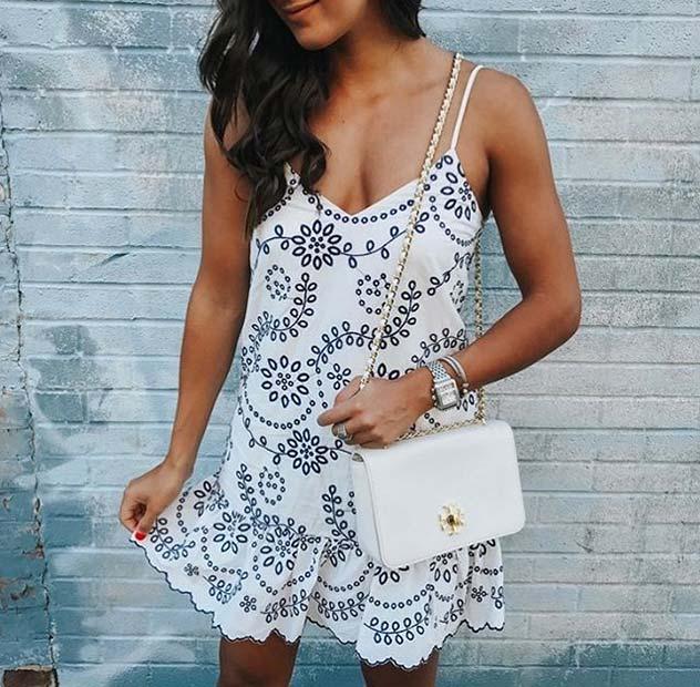 Váy hoa thướt tha mặc đi chơi ngày hè