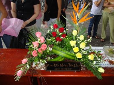 Cắm hoa chủ đề Vươn đến những tầm cao dự thi ngày 26 tháng 3