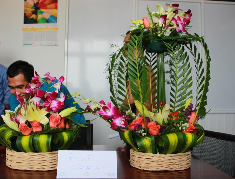Mẫu cắm hoa dự thi 26-3 đẹp ấn tượng