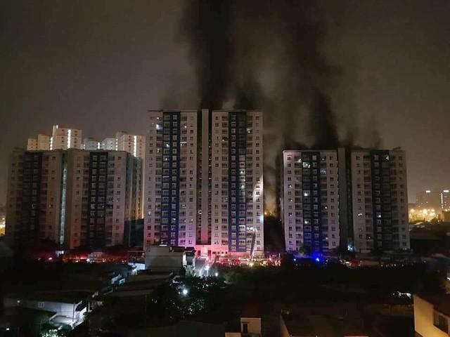Thủ tướng chỉ đạo Bộ Công an điều tra vụ cháy chung cư Carina Plaza - Ảnh 1