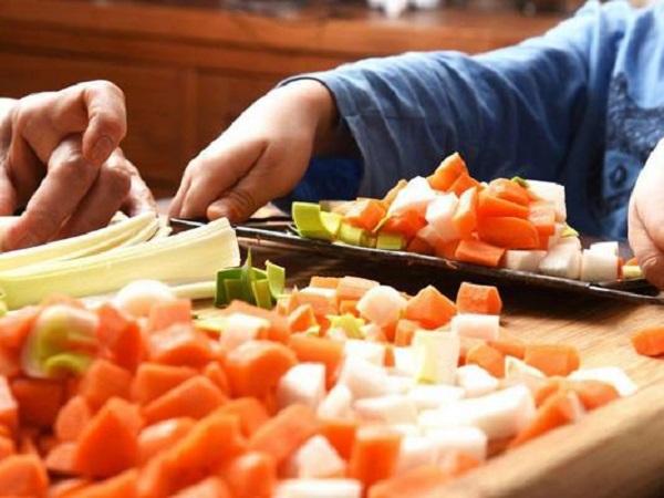 Cách ăn uống để tăng cường sức khỏe và kéo dài tuổi thọ như người Nhật - Ảnh 2