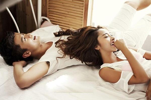 Đi ngủ cùng nhau để hai người gần nhau hơn